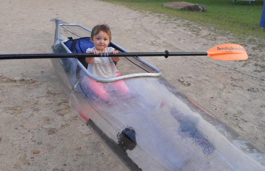 cute baby in clear kayak hebel welding machine